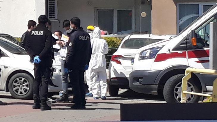 Küçükçekmece'de corona şüphesi! 1 kişi evinde ölü bulundu