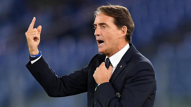 Roberto Mancini: EURO 2020'nin ertelenmesi bize avantaj