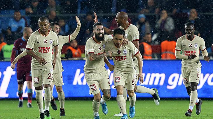 Galatasaray'da Mariano, Nagatomo ve Selçuk İnan yolcu
