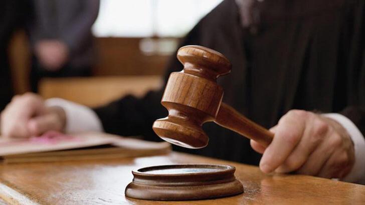 Yargıç Eş Anlamlısı Nedir? Yargıç Kelimesinin Eş Enlamı Olan Sözcükler