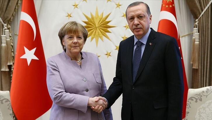 Son dakika! Cumhurbaşkanı Erdoğan, Merkel ile görüştü