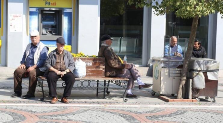 65 yaş üstü sokağa çıkma yasağı ne zaman bitecek? Yeni planlar gündemde...