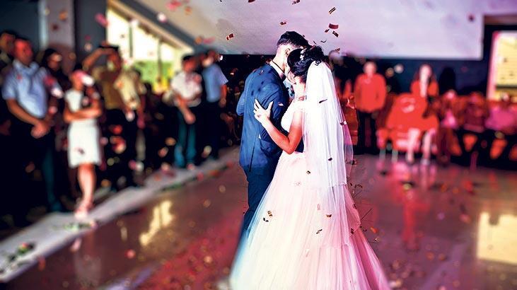 Düğün alışverişi internete kaydı