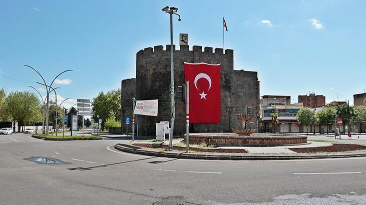 Diyarbakır'da, yasağın son gününde de sessizlik hakim