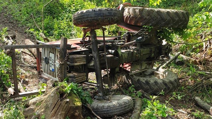 Traktörün altında kalarak can verdi!