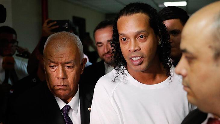 Ronaldinho: Hapishaneye gireceğimi öğrenmek beni çok etkiledi