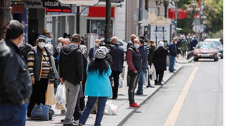 Ankara sokaklarında, 4 günlük yasak sonrası yoğunluk