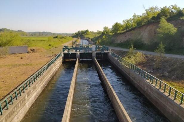 Manyas Barajı'ndan kanallara su verilmeye başlandı
