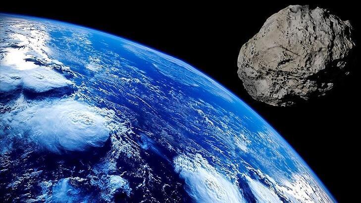 2,4 kilometre çapa sahip dev bir gök taşı dünyanın yakınından geçecek!
