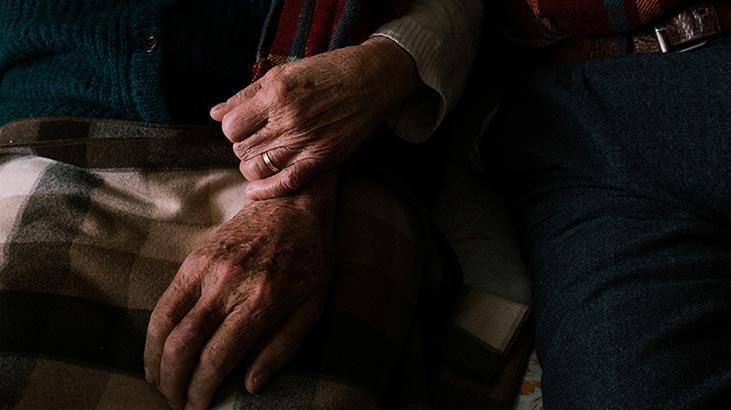 Son dakika: İtalya'da corona virüsten ölenlerin sayısı 27 bin 682 oldu