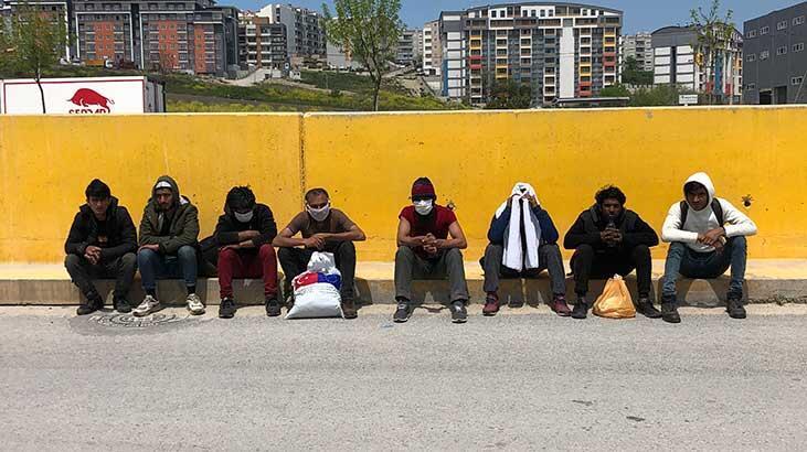İstanbul'a yürürken Bursa'da polise yakalandılar