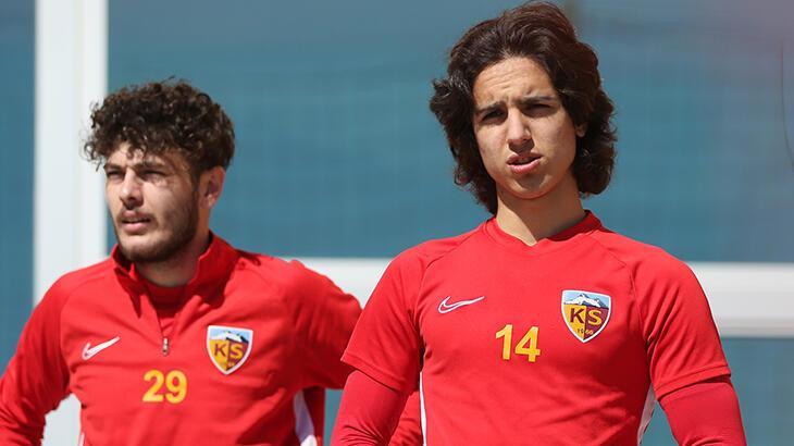 Kayserispor'dan Emre Demir için transfer açıklaması