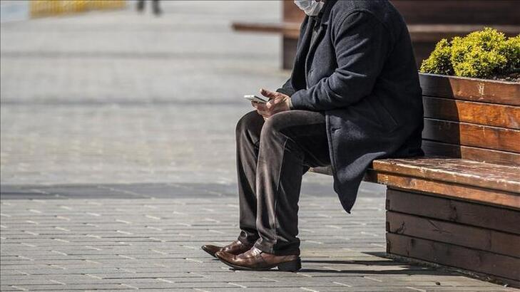 65 yaş üstü sokağa çıkma yasağı ne zaman sona erecek? Yaşlılar ne zaman yürüyüşe çıkabilecek?
