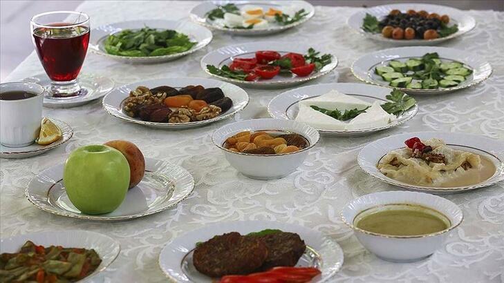 9 Mayıs İstanbul Ankara İzmir sahur vakti ne zaman? Ramazan imsakiyesine göre hangi ilde sahur saat kaçta bitecek?