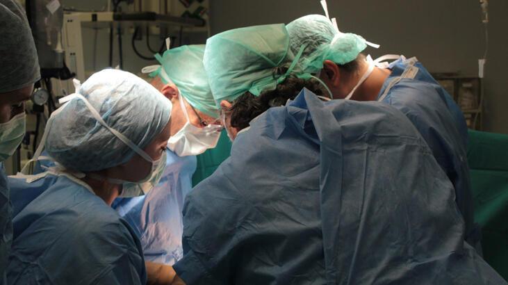 Son dakika: Corona virüs salgını nedeniyle ara verilmişti; organ nakilleri başlıyor