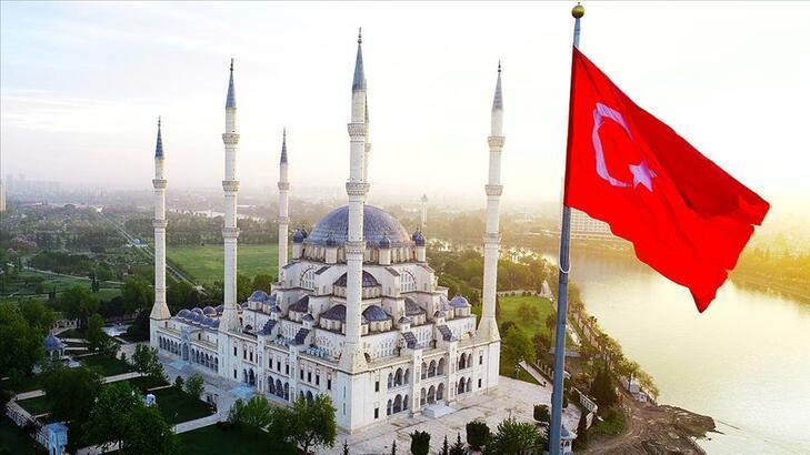 Camiler ne zaman açılacak? Camide Bayram namazı kılınabilecek mi?