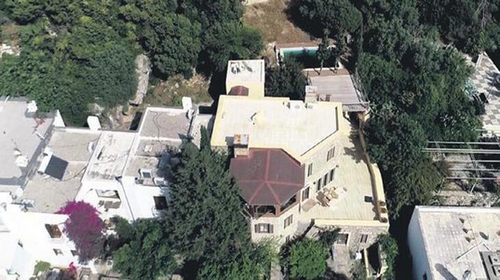 Can Dündar'ın villası da kaçak çıktı!