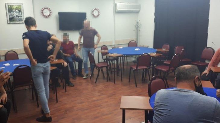 Ümraniye'de şok baskın! Dernekte kumar oynayan 12 kişi yakalandı