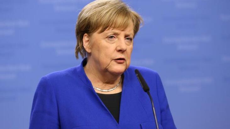 Merkel ile Katar Emiri Al Sani uluslararası gelişmeleri görüştü
