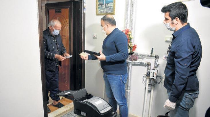 Balçova'da evde vergi tahsilatı