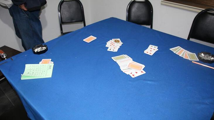 Tokat'ta, dükkanda kumar oynayan 9 kişiye 39 bin lira ceza