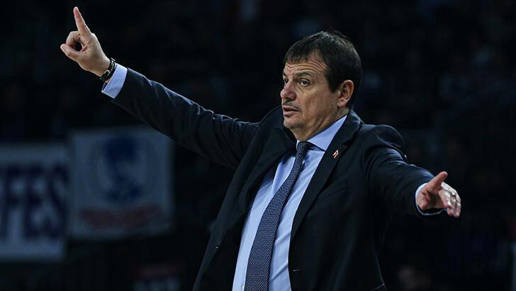 "Ergin Ataman: ""EuroLeague'in oynanma ihtimali yüksek"""