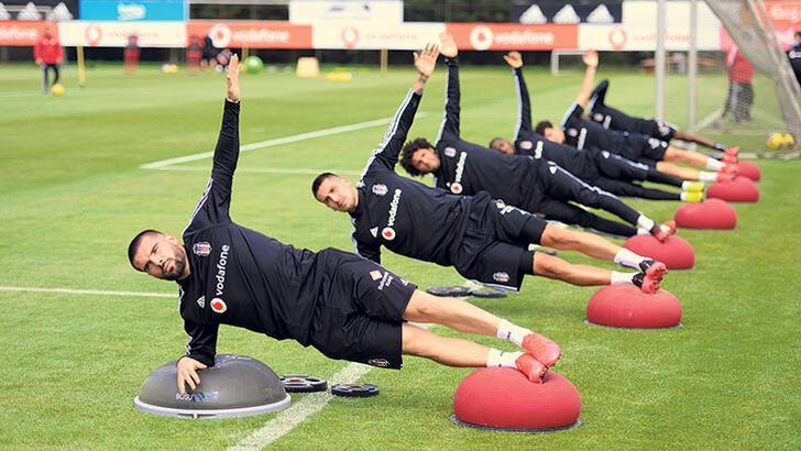 Korona Beşiktaş'ı esir aldı