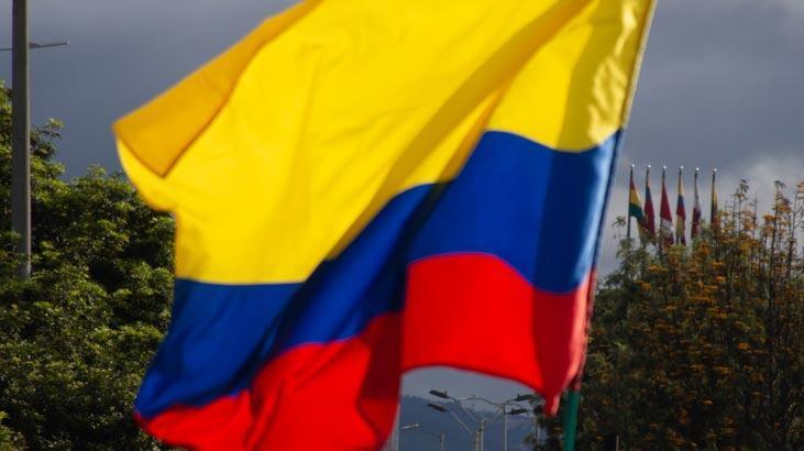 Kolombiya'da biri üst düzey 4 ELN mensubu öldürüldü