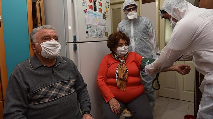 Tuzla'da her ay 3 binden fazla hastaya evde sağlık hizmeti