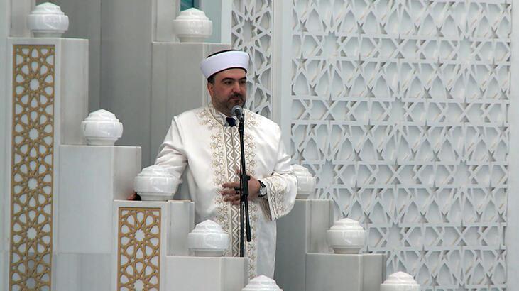 Son dakika haberi I Ahmet Hamdi Akseki Camii'nde Cuma namazı kılındı