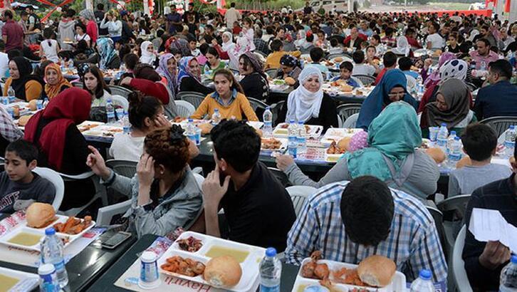 16 Mayıs bugün Sahur saati (vakti) kaçta bitecek, sabah ezanı ne zaman okunacak? (2020 Ramazan imsakiyesi) İstanbul - Ankara - İzmir il il namaz (sahur) saatleri