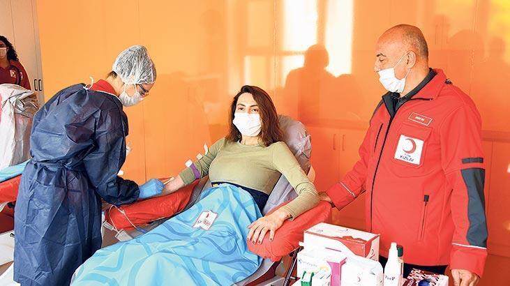 Kan bağışı yaptı