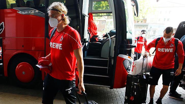 Almanya'da teknik direktörlerin maske takma zorunluluğu kaldırıldı