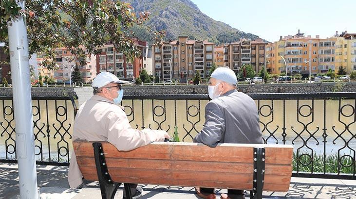 İki ilde daha sokağa maskesiz çıkmak yasaklandı