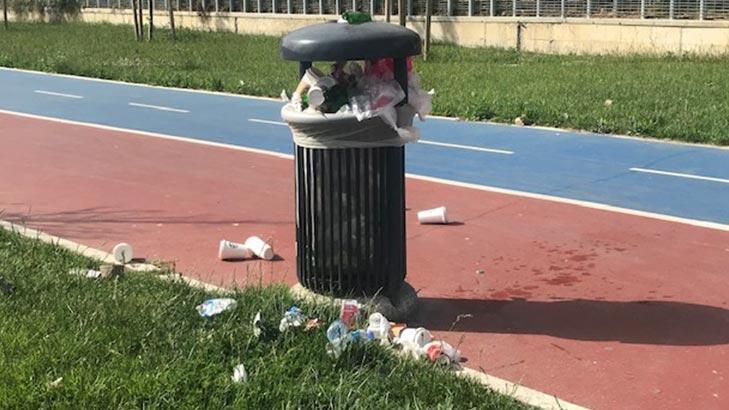 İsyan ettiren olay! Park çöple doldu taştı