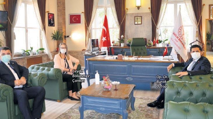 İzmir'in virüsle mücadelesine tam not