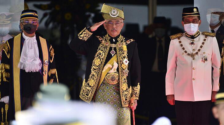 Malezya Parlamentosu corona virüs gündemiyle olağanüstü toplandı
