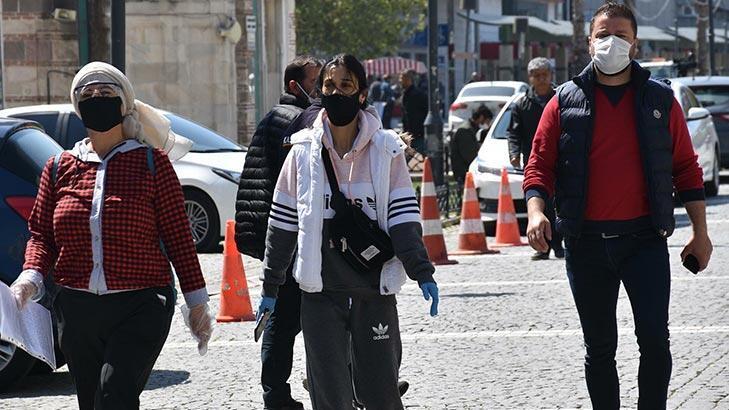 İzmir'de maske takma zorunluluğu getirildi!