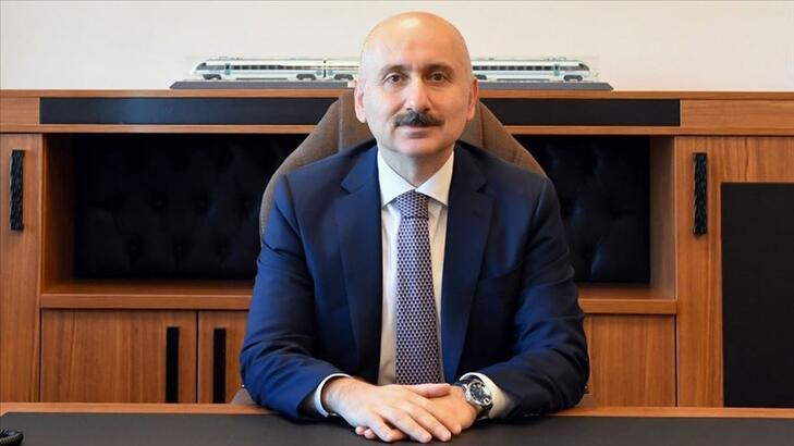 Bakan Karaismailoğlu, Kamu Bilişim Dijital Zirvesi'nde konuştu!