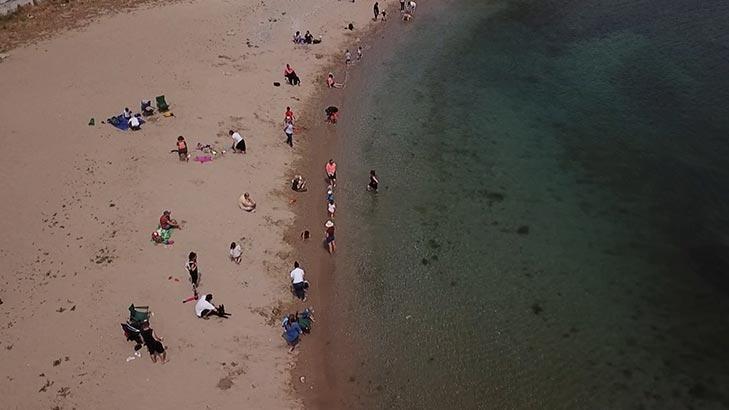 Son dakika... İstanbul'da 4 saatlik sokağa çıkma izni ile çocuklar sahile akın etti