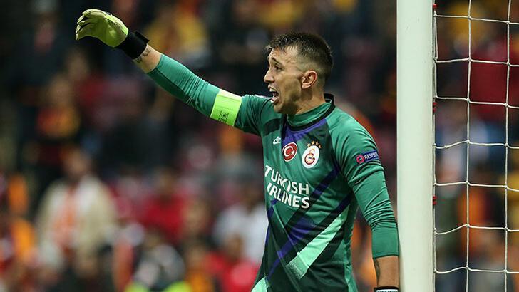 Fernando Muslera gözünü Fenerbahçe'nin rekoruna dikti!