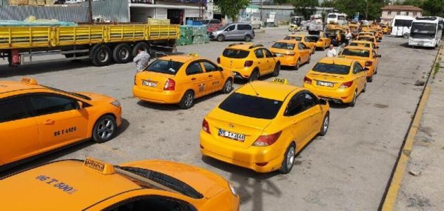 Altındağ'da taksiler dezenfekte edildi