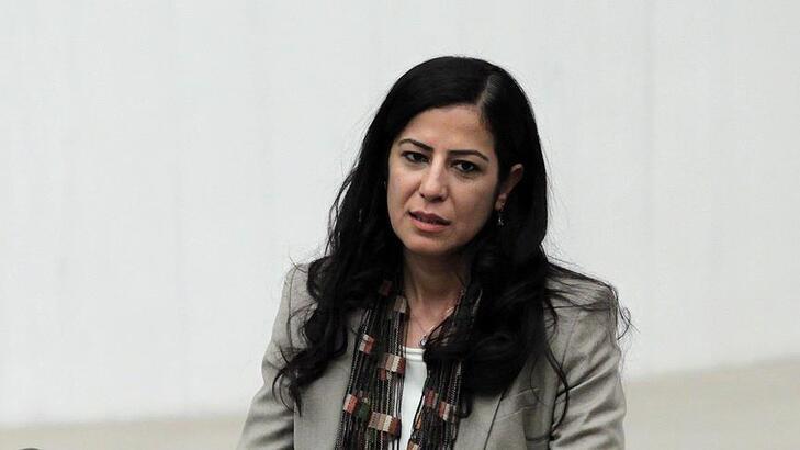 Son dakika...Diyarbakır'da PKK operasyonu! Ayla Akat Ata gözaltına alındı