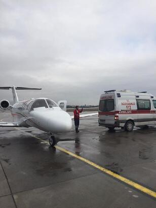 15 aylık Muhammed, hava ambulansı ile Kayseri'ye getirildi