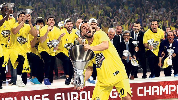 """Melih Mahmutoğlu: """"Final maçında Olimpiakos gözünü açamadı"""""""