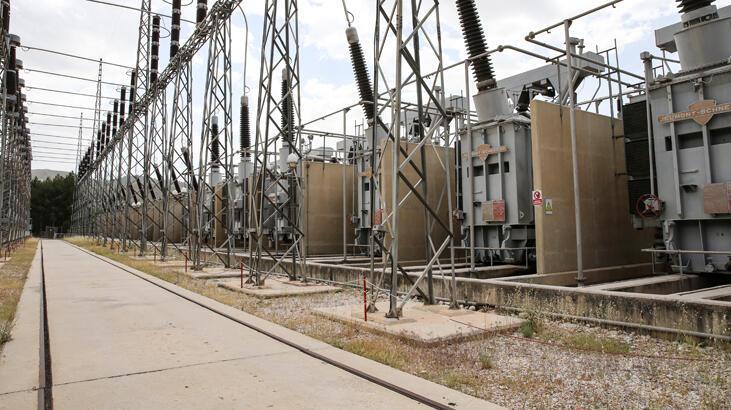 Keban HES'te yüzde 100 yerli jeneratör kullanımı başladı