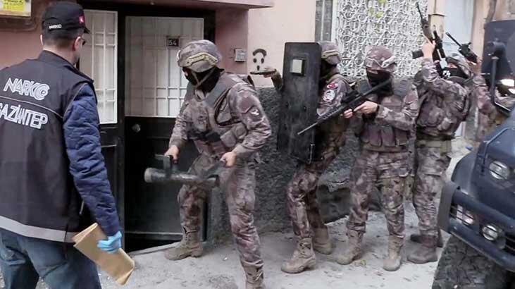 Gaziantep'te özel harekatlı 'torbacı' operasyonu: 17 gözaltı