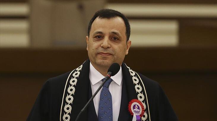 Anayasa Mahkemesi Başkanı Arslan'dan Corona virüsler ortak mücadele mesajı