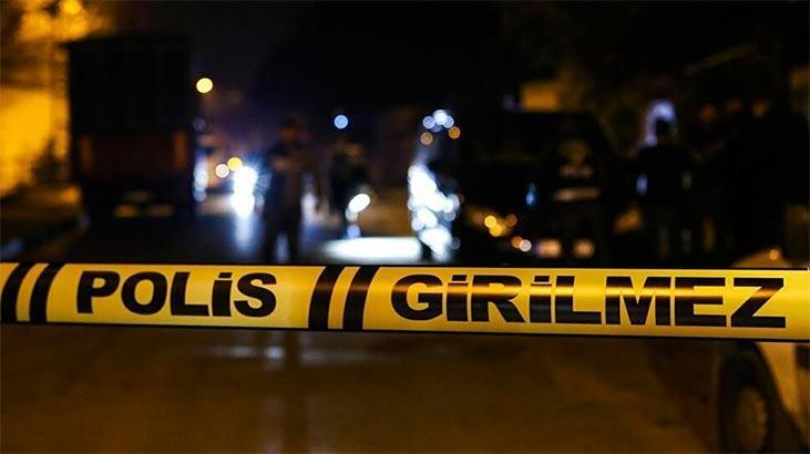 Gece yarısı dehşet! Oğlunu öldürdü, eşini yaraladı...