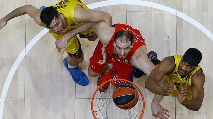 CSKA Moskova'da Baker ve Koufos ile yollar ayrıldı